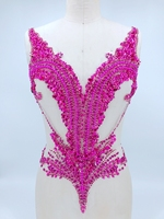 Sew artesanal em rose red pedrinhas cristais aparar manchas applique em malha 56*44 cm para vestido DIY acessórios