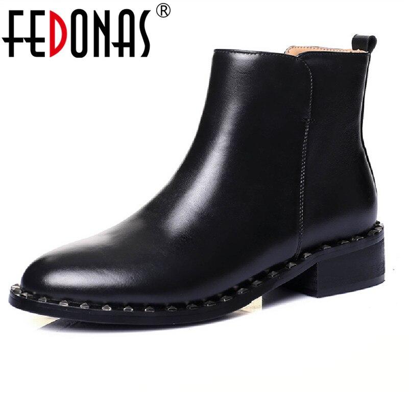 6d494dc2acbdbc Moto Chaud De Rivets Fedonas Bottes 2019 Punk Cheville D hiver Chaussures Femmes  Mode Femme Noir ...