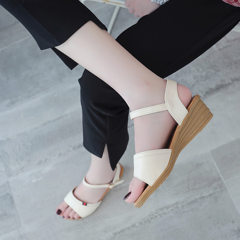AGUTZM 2018 Women Gladiator Sandals Woman Platform Wedges Summer Creepers Casual Buckle Shoes Ladies Sexy Fashion High Heels 32 43 big size summer woman platform sandals fashion women soft leather casual silver gold gladiator wedges women shoes h19