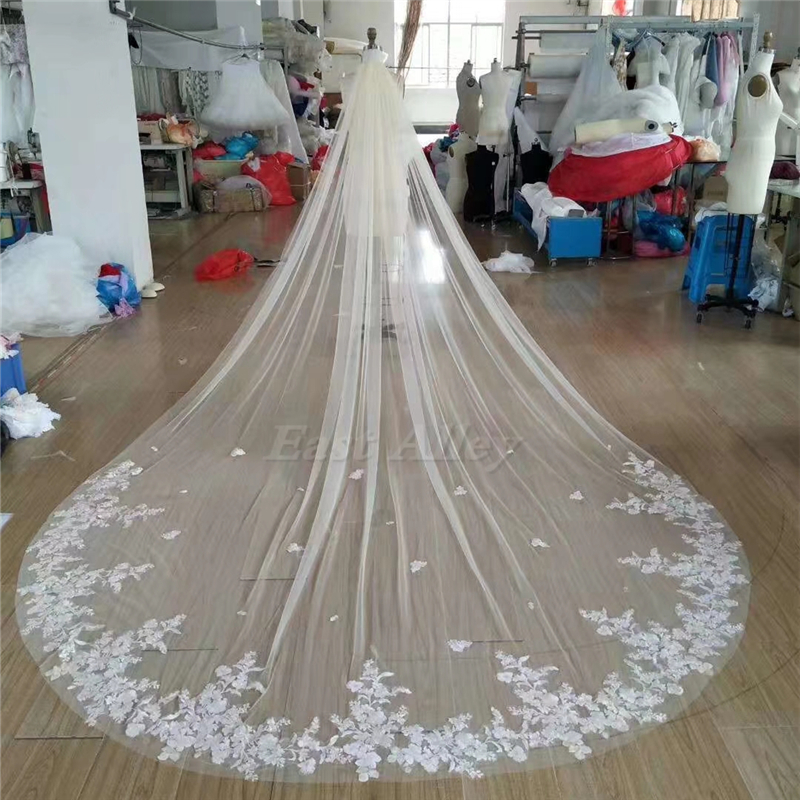 New Style Wedding Veil 1 Layer Lace Bridal Veil Cathedral Length Veil With Metal Comb In White , Off White , Ivory