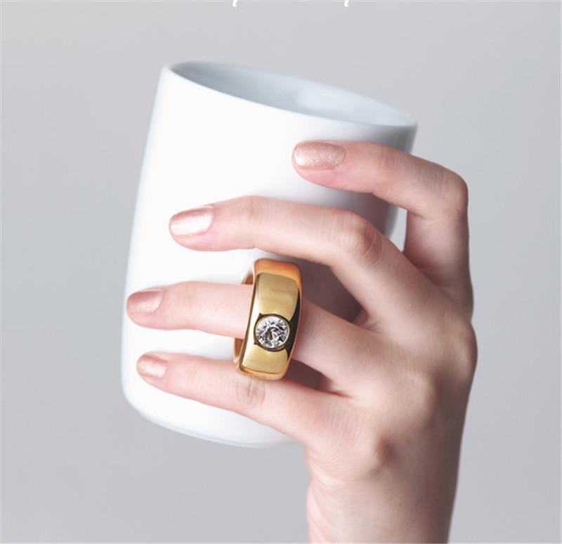 Creative Wedding Gifts Lovers Couple Cartoon Elegant Crystal Diamond Ring Mugs White Ceramic Cute Water Coffee Mug Drinkware9