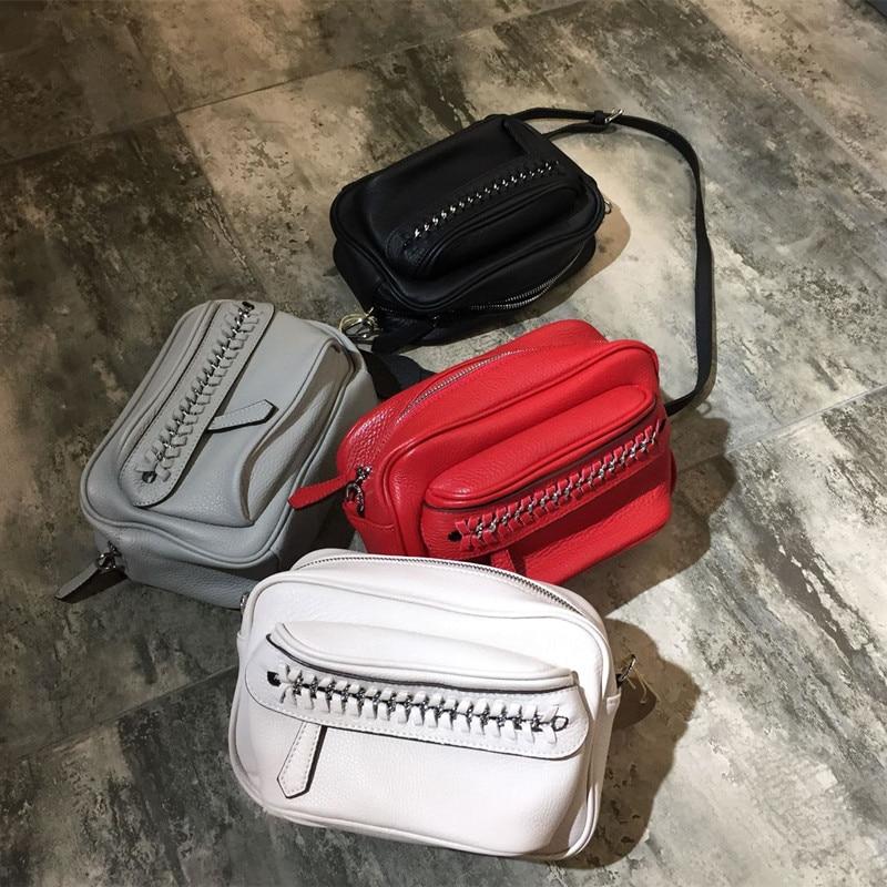 Bagaj ve Çantalar'ten Omuz Çantaları'de MESOUL Marka Moda Kadın Hakiki Deri omuzdan askili çanta Kadın Örgülü zincirleri Küçük Çanta Yüksek Kaliteli postacı çantası Tasarımcı'da  Grup 2