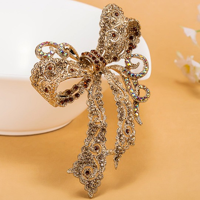 ce2f12dc9 Very Kawaii Bow Rhinestone Wedding Brooches collar Women Party Broach  Perfect Women's Gold Brooch Hijab Pins