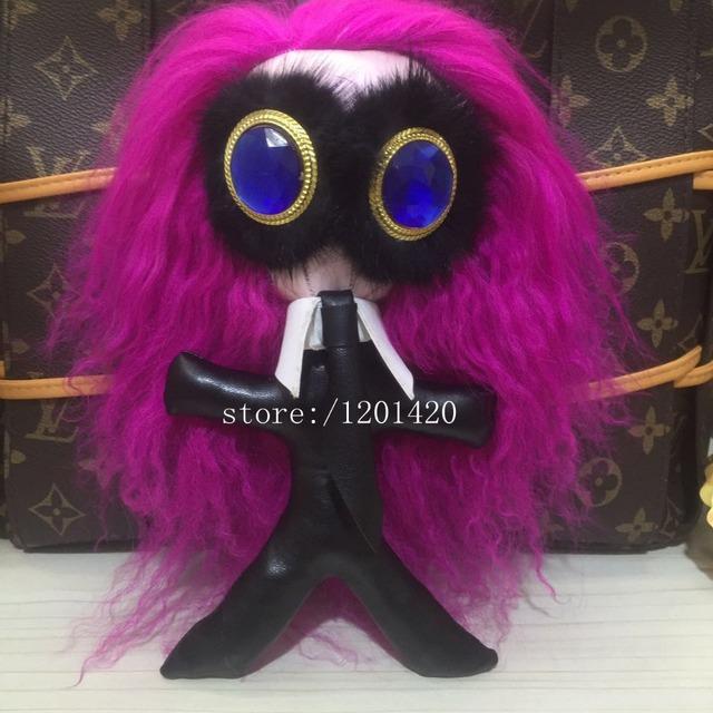 Pelo largo KARL Encanto Del bolso bolsa Monster bug Pompón de mano encanto Gemas azules ojo monster fur Llaveros Llavero llaveros manera de