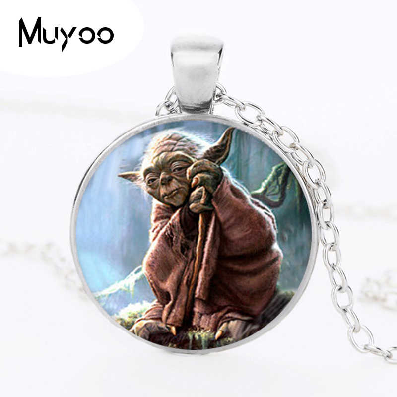 YODA Star Wars collier YODA collier pendentif Yoda collier ras du cou cadeaux pour l'univers Star Wars bijoux HZ1