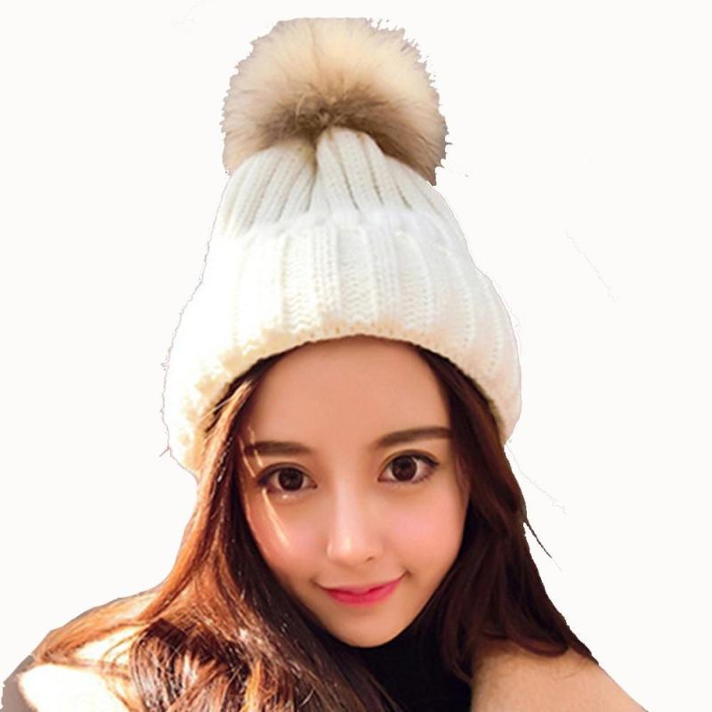 2017 New Fashion Women Caps Solid Color Wool Cap Korean ball Style Sweat Hat Lovely  Knitted Keep Warm Hats the new children s cubs hat qiu dong with cartoon animals knitting wool cap and pile