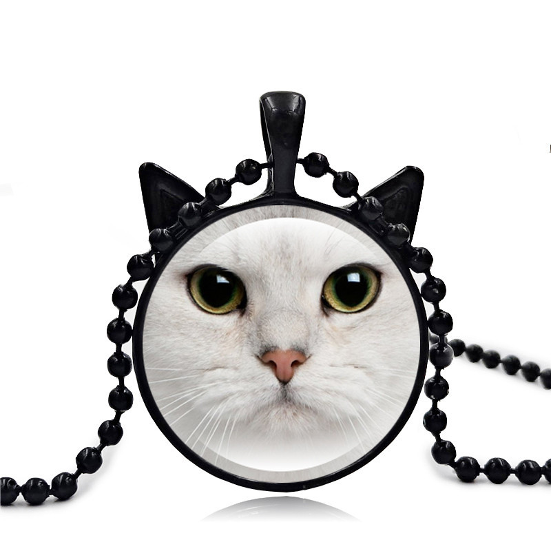Fashion Cute Cat Necklace White Cat Face Pendant Art Glass Cabochon Jewelry Accessories black Bead Chain Necklace Women Gift