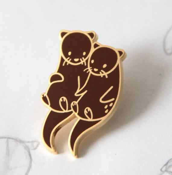 Otters Holding Hands Soft Enamel Pin Brooch Pin Gifts