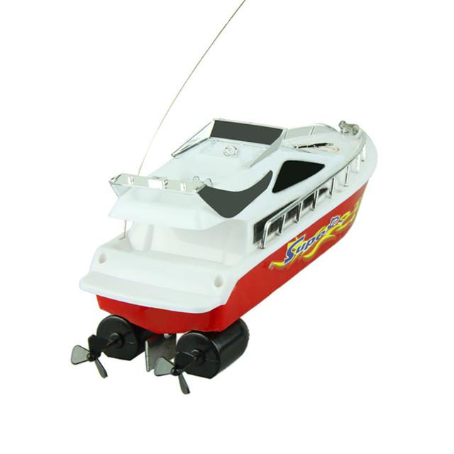 Nueva Moda de Plástico De Gran Alcance Velocidad de Barcos de Control Remoto Juguetes Eléctricos Modelo Velero Niños Kids Game Buque Juguetes Al Por Mayor
