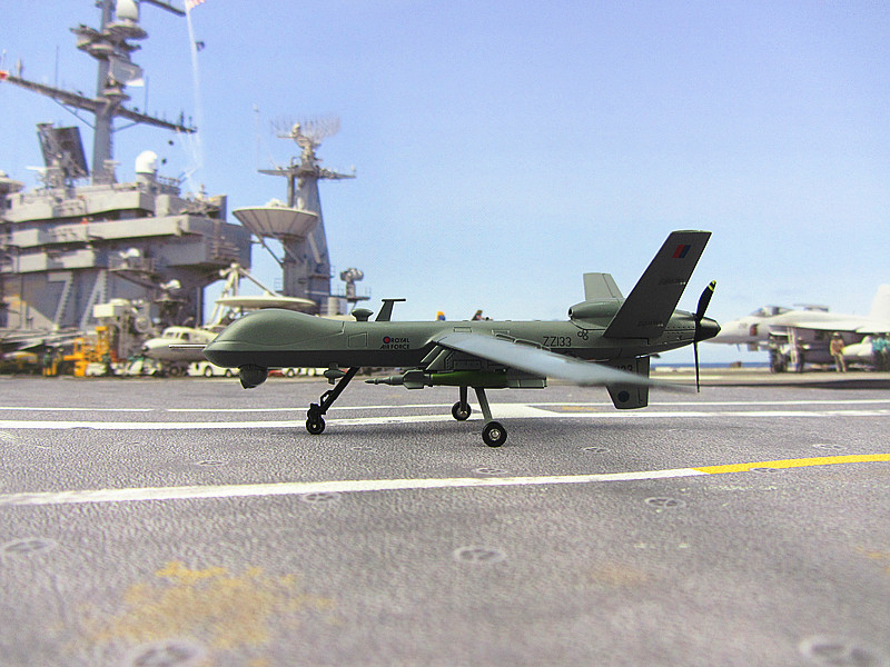 MQ-9 AF1 death reaper American reconnaissance aircraft model product alloy aircraft model collection model 1:72 US Airforce 1 400 jinair 777 200er hogan korea kim aircraft model