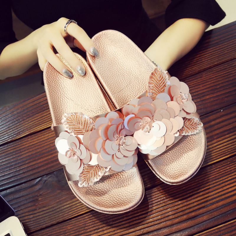 New Summer Women's Slippers Bling Bling Flower Flat Soft Bottom Sandals Home Flip Flops Female Comfortable Casual Beach Shoes zzpohe 2017 summer new woman slippers fashion women flat casual flip flops sandals ladies soft bottom comfortable beach shoes