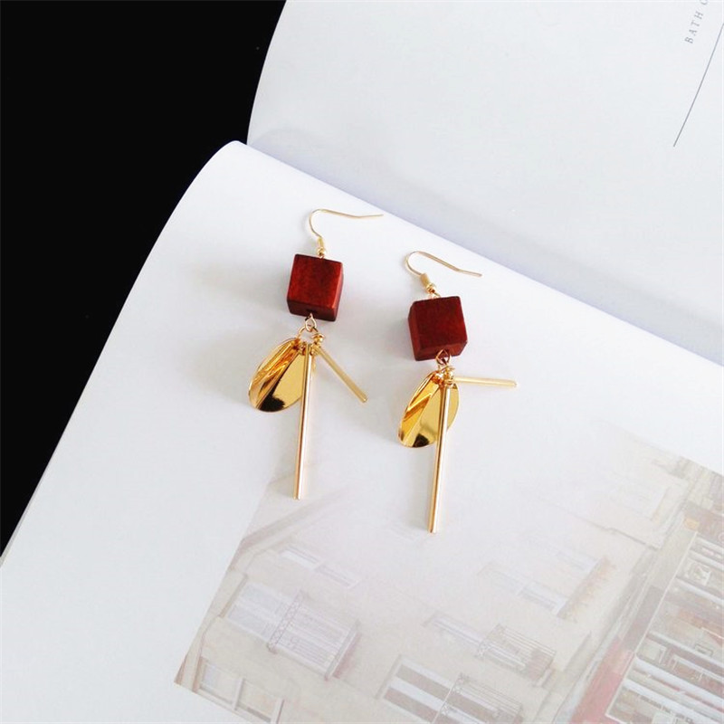 Earrings Retro Fashion Original Minimalist Geometric Word Wind Cube Logs Temperament Female Non Pierced Ear Accessories Ew558 Smoothing Circulation And Stopping Pains