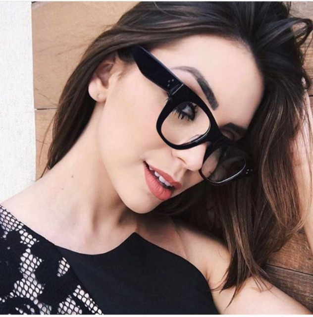 e6bac78ab7 SOLO TU Personality Light Comfortable Rivet Eyewear Frame Men Women Optical  Eyeglasses Computer Glasses Spectacle Frame Oculos