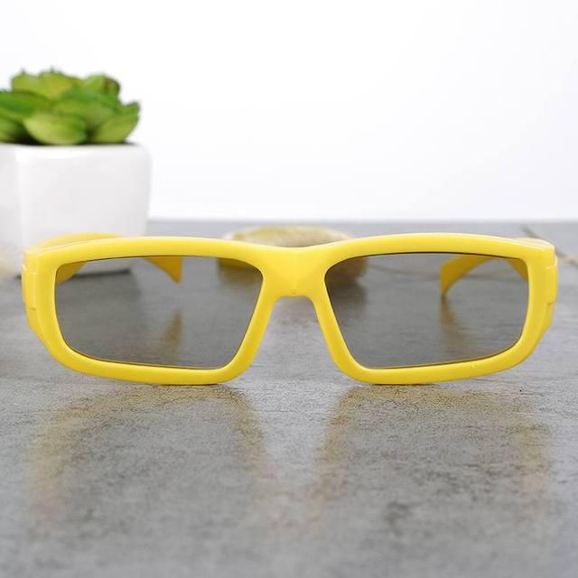 Moda Kid Crianças 3 D óculos 3d de vidro jardim de 3 d óculos polarizados  filme 03b124e18a