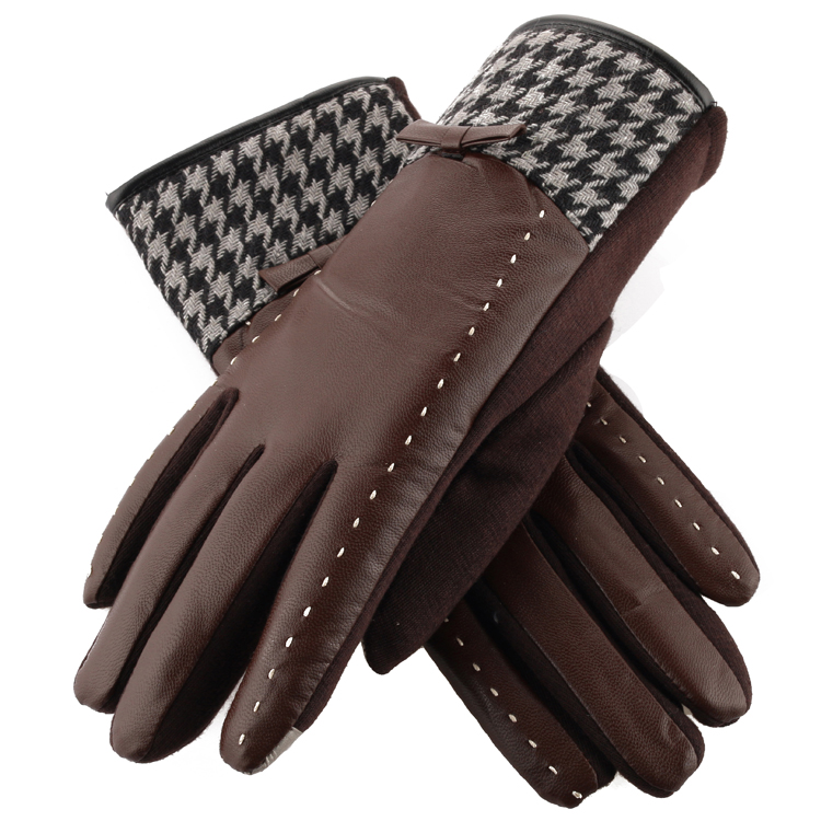Купить с кэшбэком Free shipping hot selling 2 pairs  PU leather  lady's mobile screen-touching driving gloves thicken thermal keeping for winter