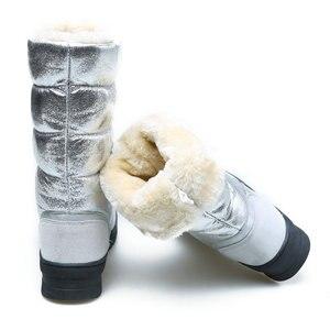 Image 2 - גבוהה מגפי נשים חורף נעלי נקבה סגנון כסף אופנה צבע מלא גדול גודל חם בפלאש מערכות שטוח outsole ישר עליון