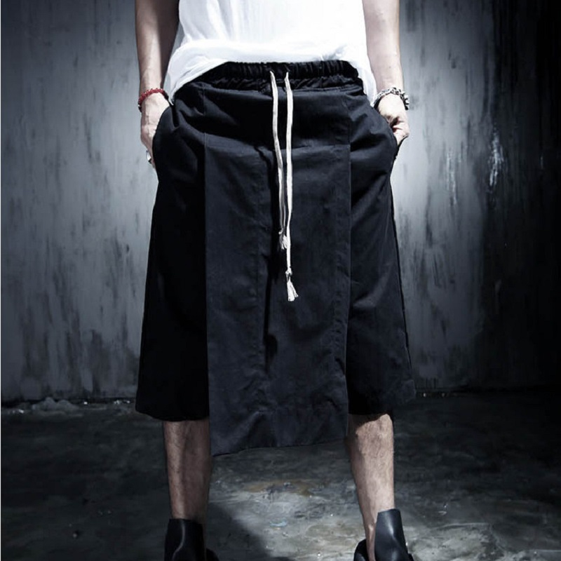 Summer 2018 Kanye West Hiphop Cool Sweatpants 27-39 Men's Jumpsuit Rock Stage Urban Clothing Owens Black Dress Harem Men Shorts