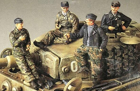 1/35 Resin Kits WWII German Wittmann Tiger Tank Crew 4pcs/set (no Tank)