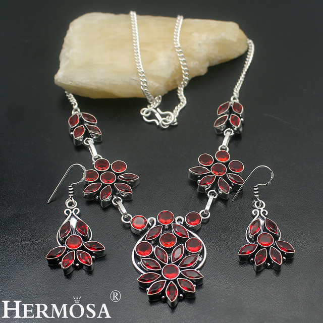 Attractive Lady Mozambique Red Garnet Jewelry Set 925 Sterling Silver Necklace Earrings Sets Ny474 Hermosa