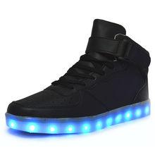 Nova Simulação LED Sapatos para adultos 2018 Outono Inverno Alta Top Sapatos  Para Homem Sapatos Luminosos Branco Black Light Up .. 6e9c92ec3b1