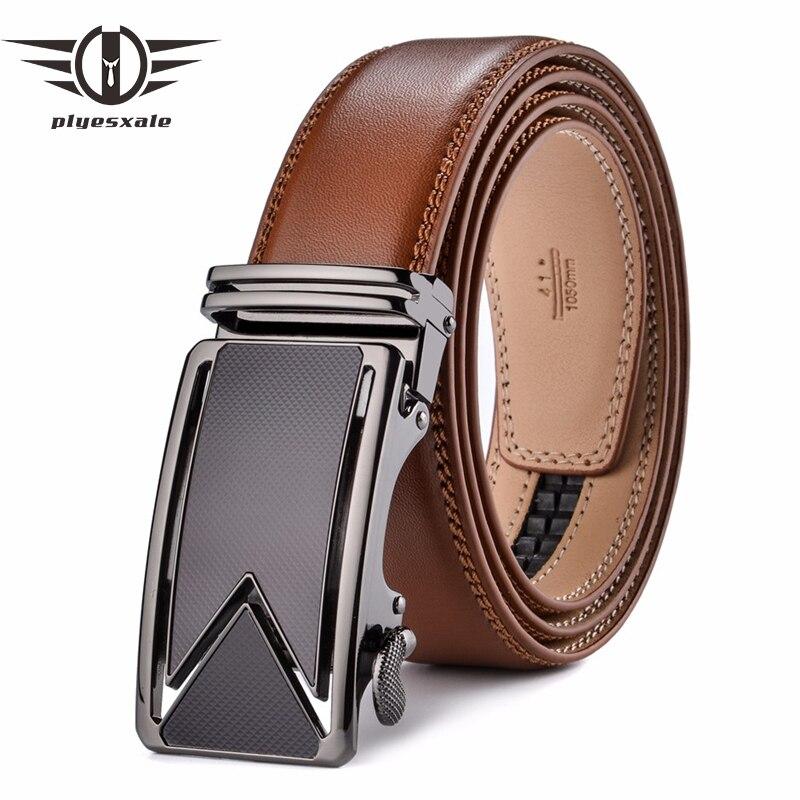 Plyesxale hombres 2018 Cinturón de piel de vaca de cuero genuino Cinturones para hombres lujo automático hebilla Cinturones marrón negro Cinturones Hombre B55