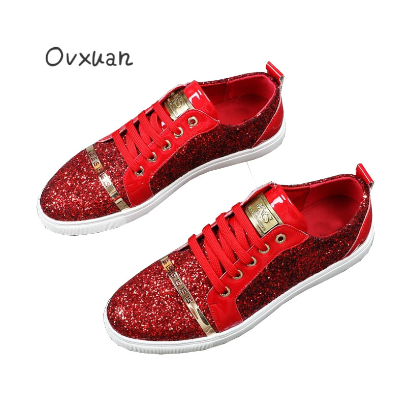 все цены на 2017 New Red Sequins Men Loafers with Metal Totem Stripe Fashion Party and Wedding Casual Shoes Europe and USA Popular Men Flats онлайн