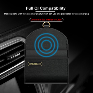 Image 2 - Ascromy 10W Tề Xe Sạc Không Dây Cho Iphone XS Max XR X 8 Plus Lỗ Thông Khí Điện Thoại Da hộp bảo quản Túi Tề Sạc Nhanh