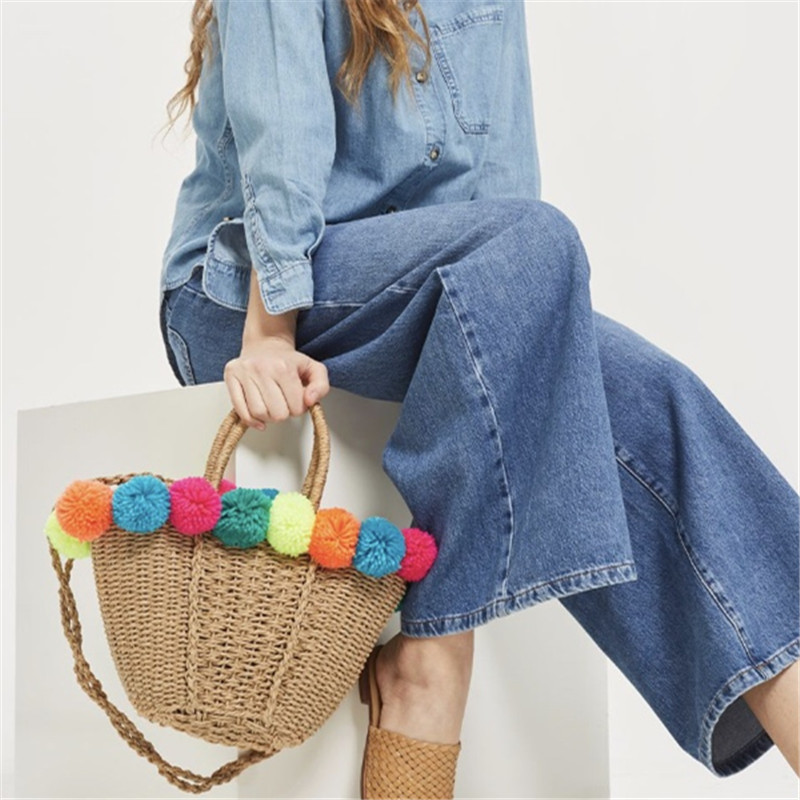 Beach Bag Straw Basket Totes Bag Large Capacity Big Summer Bags With Pom Pom Bell Women Natural Handbag 2018 New High Quality