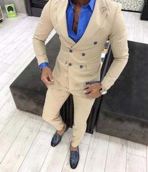 New Fashion Double Breasted Beige Groom Tuxedos Groomsmen Peak Lapel Mens Suits Blazers (Jacket+Pants+Tie) W:829