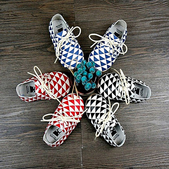 Top quality Baby shoes Genuine Leather Handmade Baby Moccasins lace-up Bebe newborn plaid baby boy First Walkers