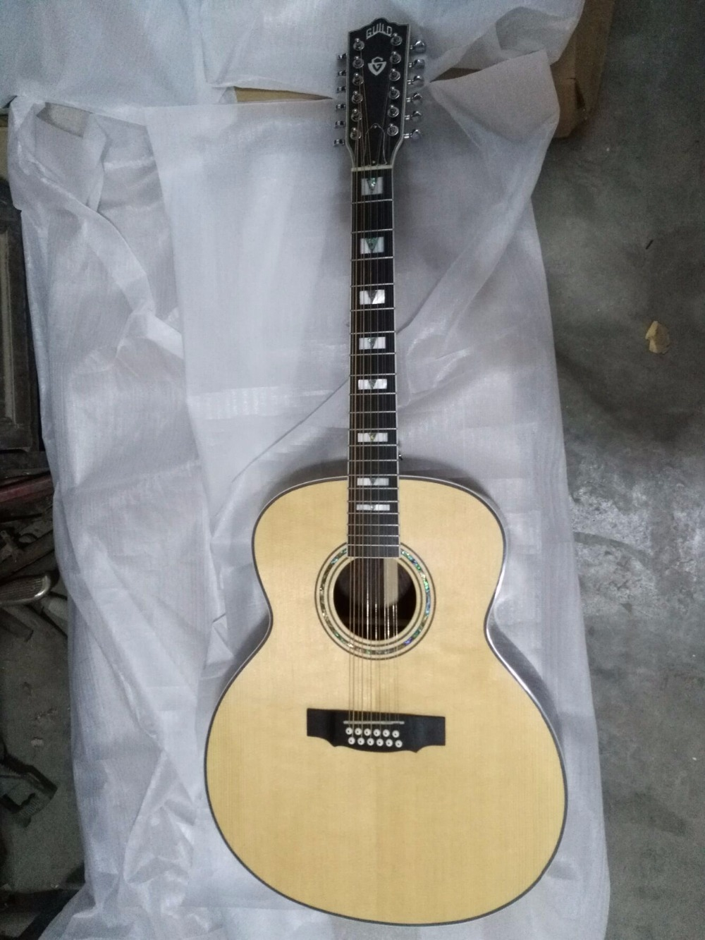 все цены на free shipping 12 strings guild best quality solid 12 string electric jumbo acoustic guitar
