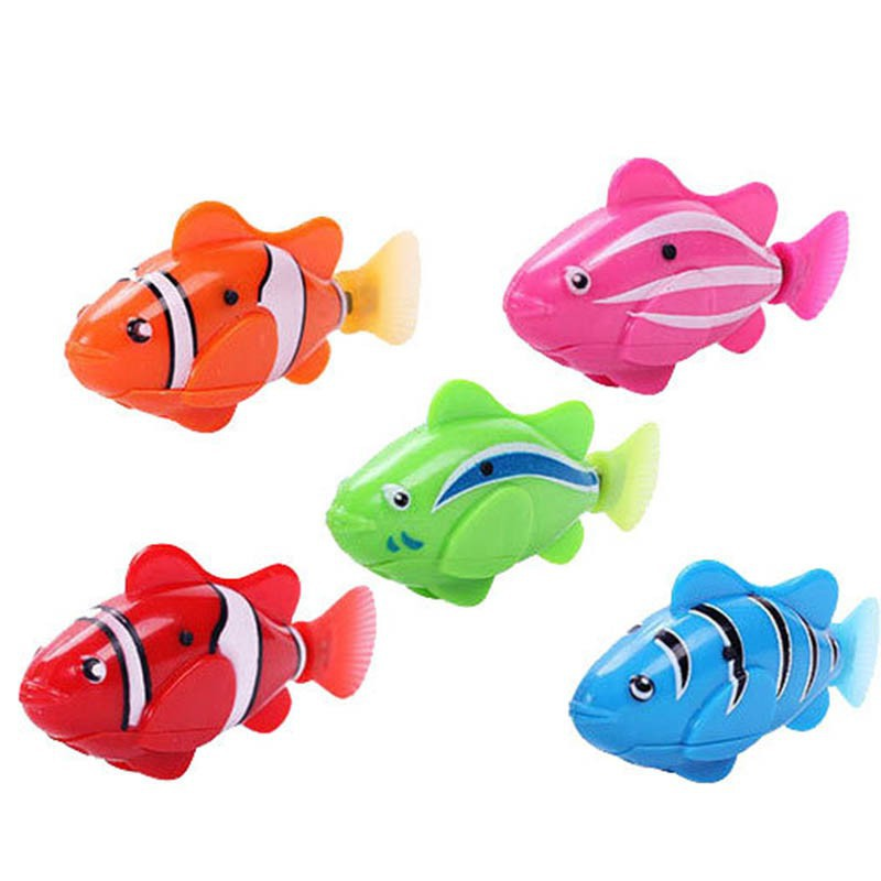 Lovely Baby Fish Toys Water Spraying Squeeze Sounding Debbling Toys Kids Float Water Tub Rubber Bathroom Play Animals
