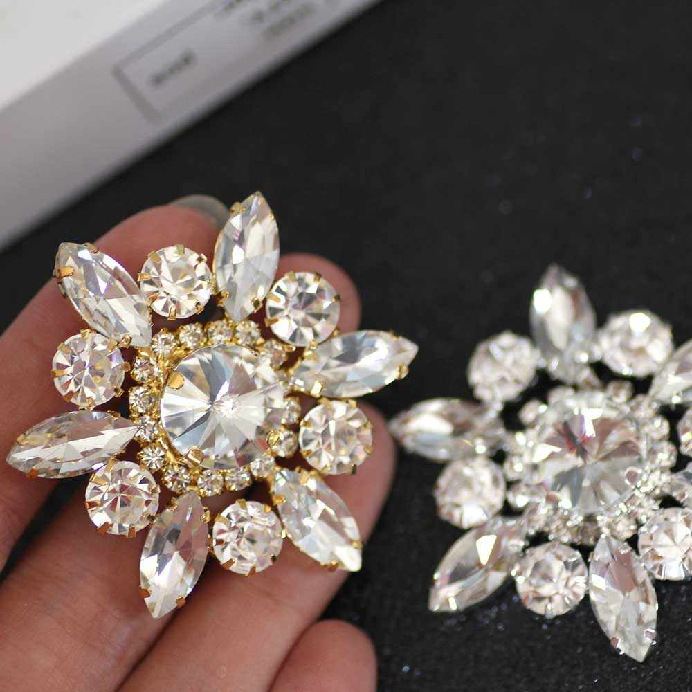 0468067cbf Flower Shape crystal Sew On Rhinestone With Claw Setting Gold Back ...