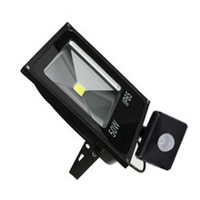 Outdoor PIR  Adjustable Floodlights 10W 20W 30W 50W  LED Motion sensor Flood lights Reflector AC110V 220V Wall Lamp Spotlight