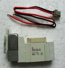 New Japanese original authentic SY3120-5MZ-M5 new japanese original authentic pressure switch ise3 01 21