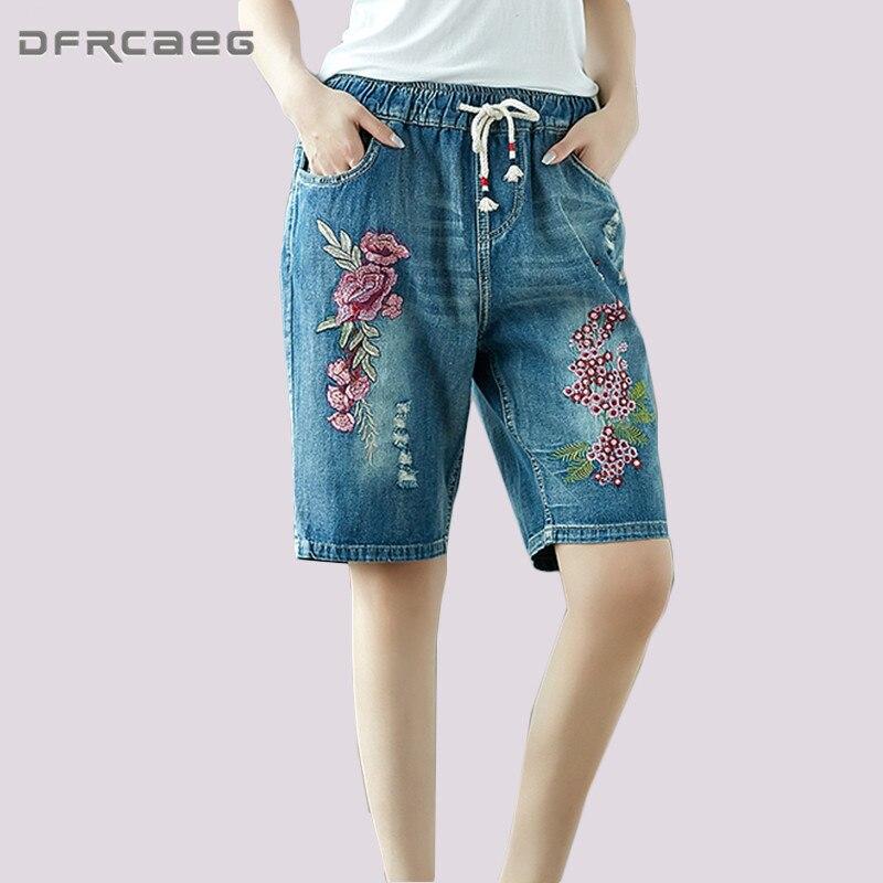 Blue Flower Embroidery Capris   Jeans   Women 2018 Summer Casual Elastic Waist Knee Length Denim Pants Loose Plus Size Short   Jeans