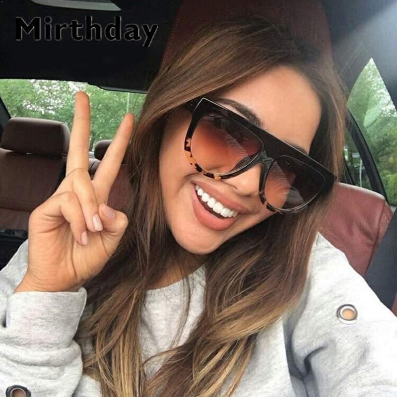 Kim Kardashian Sunglasses Woman Vintage Retro Flat Top Gradient Shield Black Sun Glasses Pilot Luxury Designer Oversized Eyewear