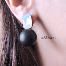 eManco Wholesale Weight Stud Crystal Earrings 3 Items black & white beads minimalist piercing earring trendy jewelry