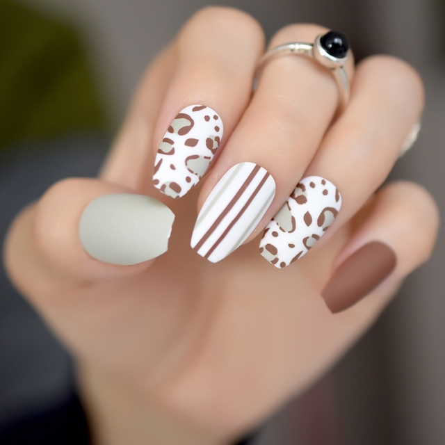 24Pcs Ballerina Coffin Frosted False Nails Leopard Pattern Grey ...