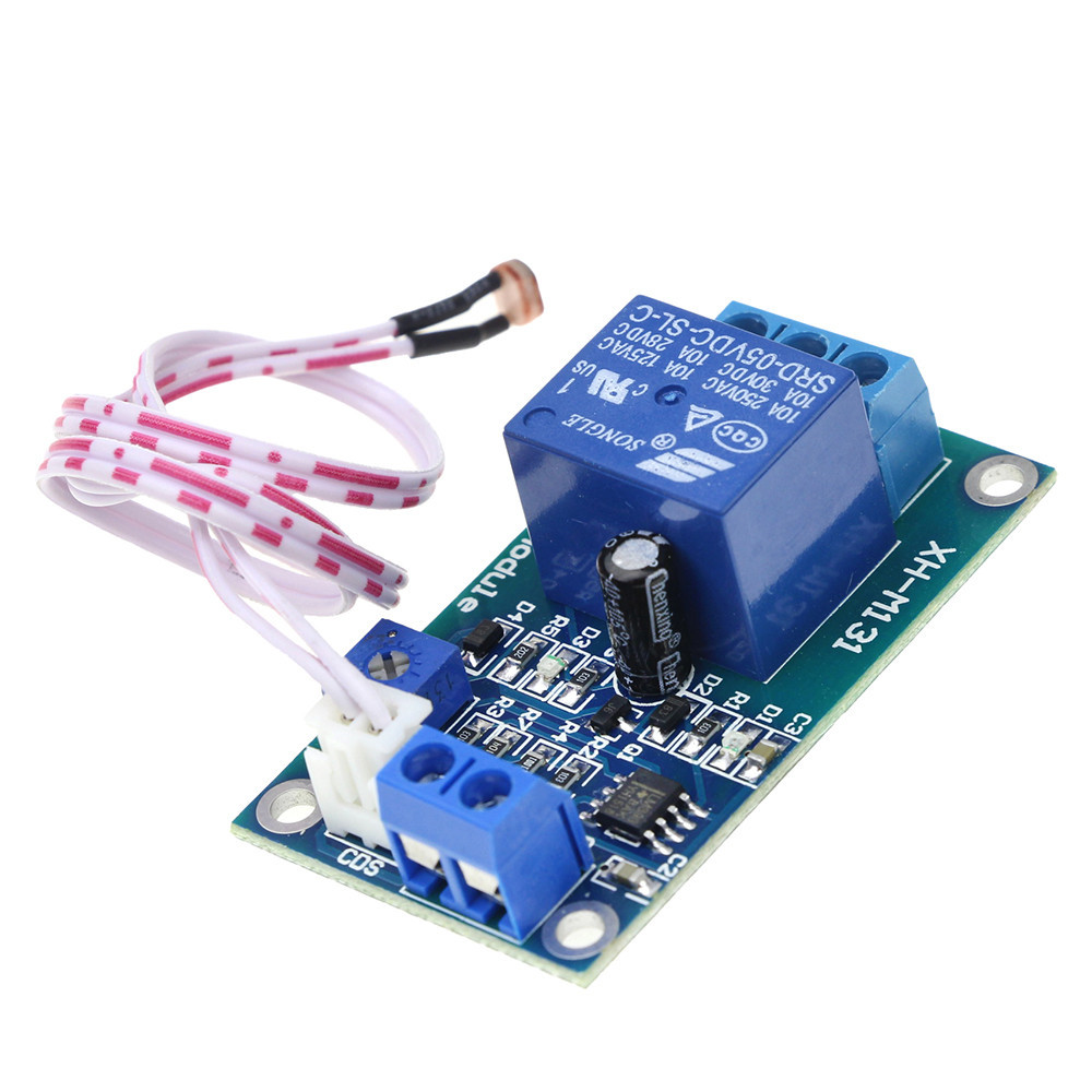 Free shipping 1pcs 10A XH-M131 DC 5V Light Control Switch Photoresistor Relay Module Detection Sensor amy hot dc 12v photoresistor module relay light detection sensor light control switch nice gifts