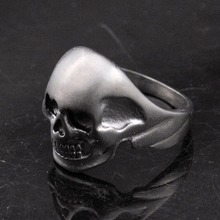 Dolaime 2016 Hot Punk Skull Minimalist Stainless Steel Bike Motorcycle Personality Skull Ring Men Jewelry Wholesale,GR379
