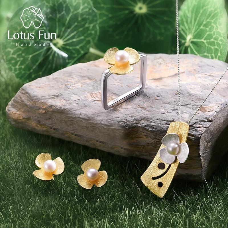 Takı ve Aksesuarları'ten Takı Setleri'de Lotus Eğlenceli Gerçek 925 Ayar Gümüş Doğal Inci El Yapımı Güzel Takı Kare Taze Yonca Çiçek takı seti Kadınlar için Bijoux'da  Grup 1