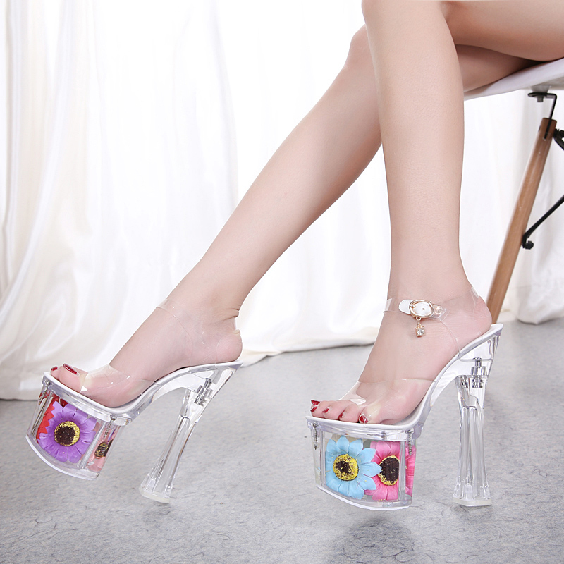 Square Heel Women Slippers Summer Sun Flower Sexy Crystal Slippers 17cm Transparent Sandals Cool Size 34-43 Wedding ShoesSquare Heel Women Slippers Summer Sun Flower Sexy Crystal Slippers 17cm Transparent Sandals Cool Size 34-43 Wedding Shoes