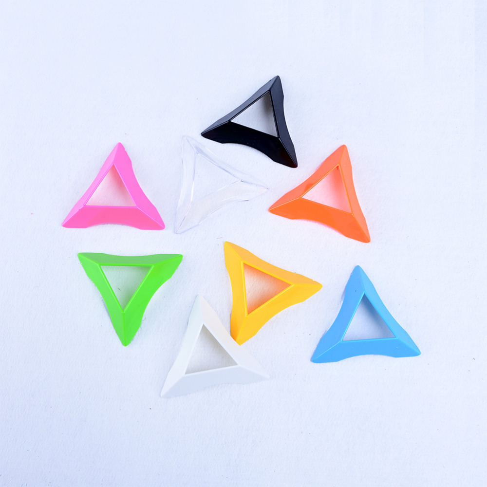 1pcs 7.5cm Colorful Plastic Triangle Universal Magic Cube Base Holder Frame Stand Tower Accessories Magic Cubes