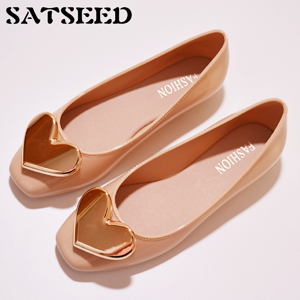Spring 2018 Women Shoes Fashion Waterproof Jelly Shoes Flat Shallow Buckle Anti Slip Round Toe Mental Casual Comfortable Shoes women s shoes 2017 summer new fashion footwear women s air network flat shoes breathable comfortable casual shoes jdt103