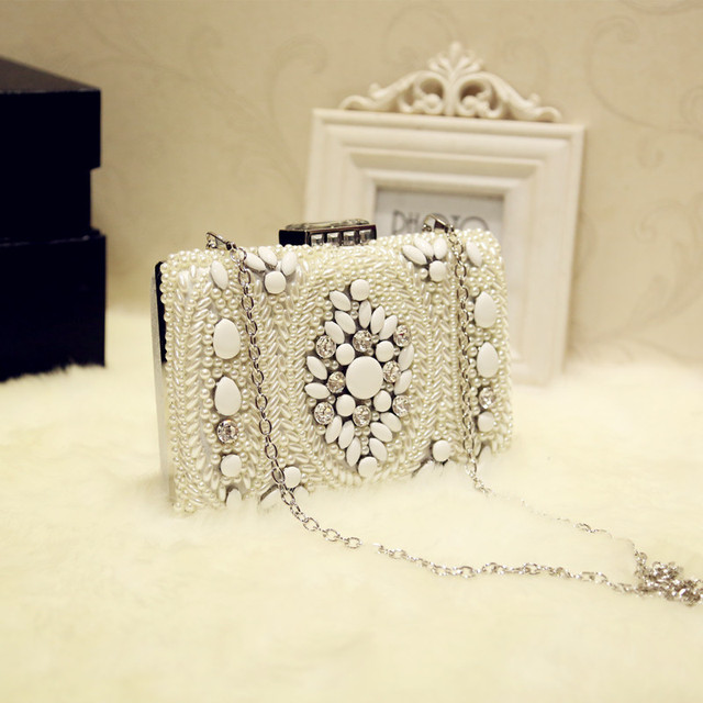 2017 High Quality Assurance Women's Pearl Evening Bags Pearls Beads Day Clutch Bag Purse Wedding Bags with Shoulder Chain