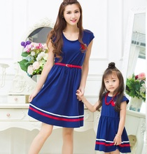 Cotton Mother Daughter Dresses Family Look Mommy and Me Matching Clothes Outfits Knee Length Mom Mum and Girls Dress Clothing все цены