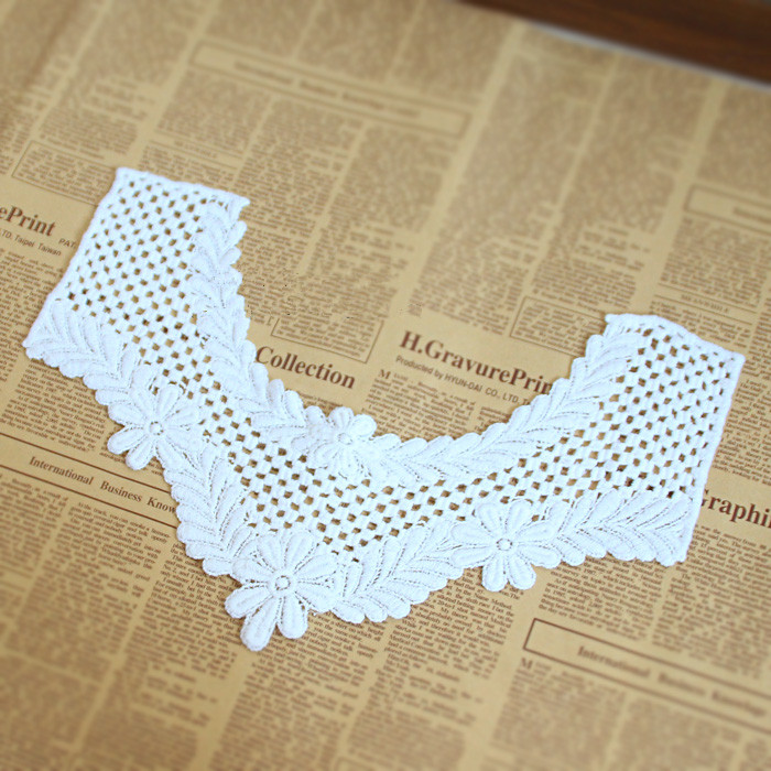 New Arrivals 2pcs Flower Diy White Lace Collar Sewing Craft Neckline