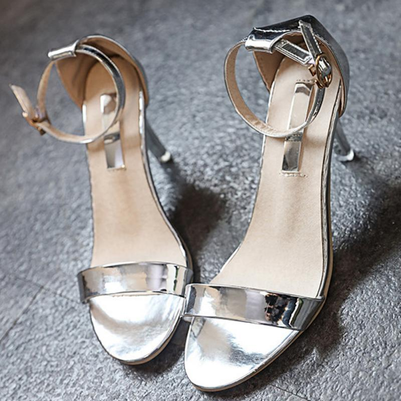 Fashion Classics Peep Toe Sandals Buckle trap High Heels Shoes Woman Sequined Gold Silver Wedding Shoes 2017 wedding sandals high heels pumps summer t stage sexy wedding shoes for party sandals peep toe buckle trap