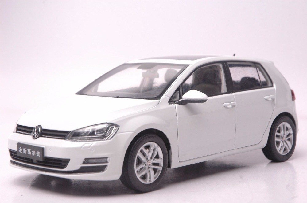 1:18 Diecast Model for Volkswagen VW Golf 7 White Alloy Toy Car Collection Gifts 1 43 germany pcls vw t3 van model alloy favorites model